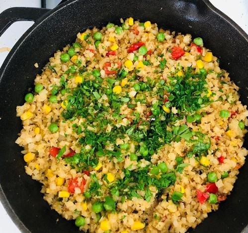 "Cauliflower ""fried rice"""