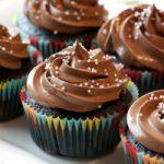How to Make Chocolate Cupcakes – 7 Steps