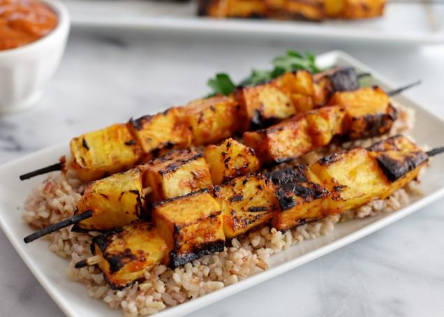 Grilled pineapple tofu skewers with spicy mango BBQ sauce