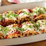 How to Make Roasted Red Pepper Chicken Lasagna Rolls