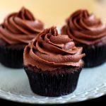 How to Make Chocolate Cupcakes – 7 Steps